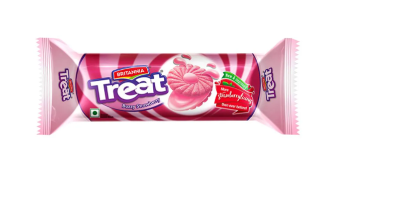 Britannia Treat Buzzy Strawberry Cream Biscuits