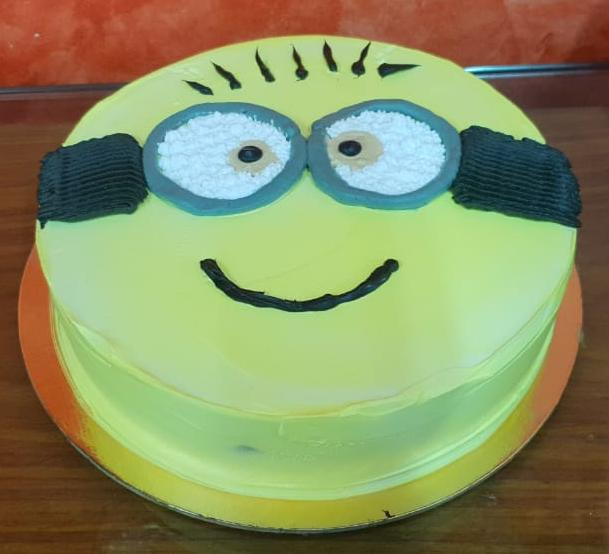 Minion Chocolate Cake